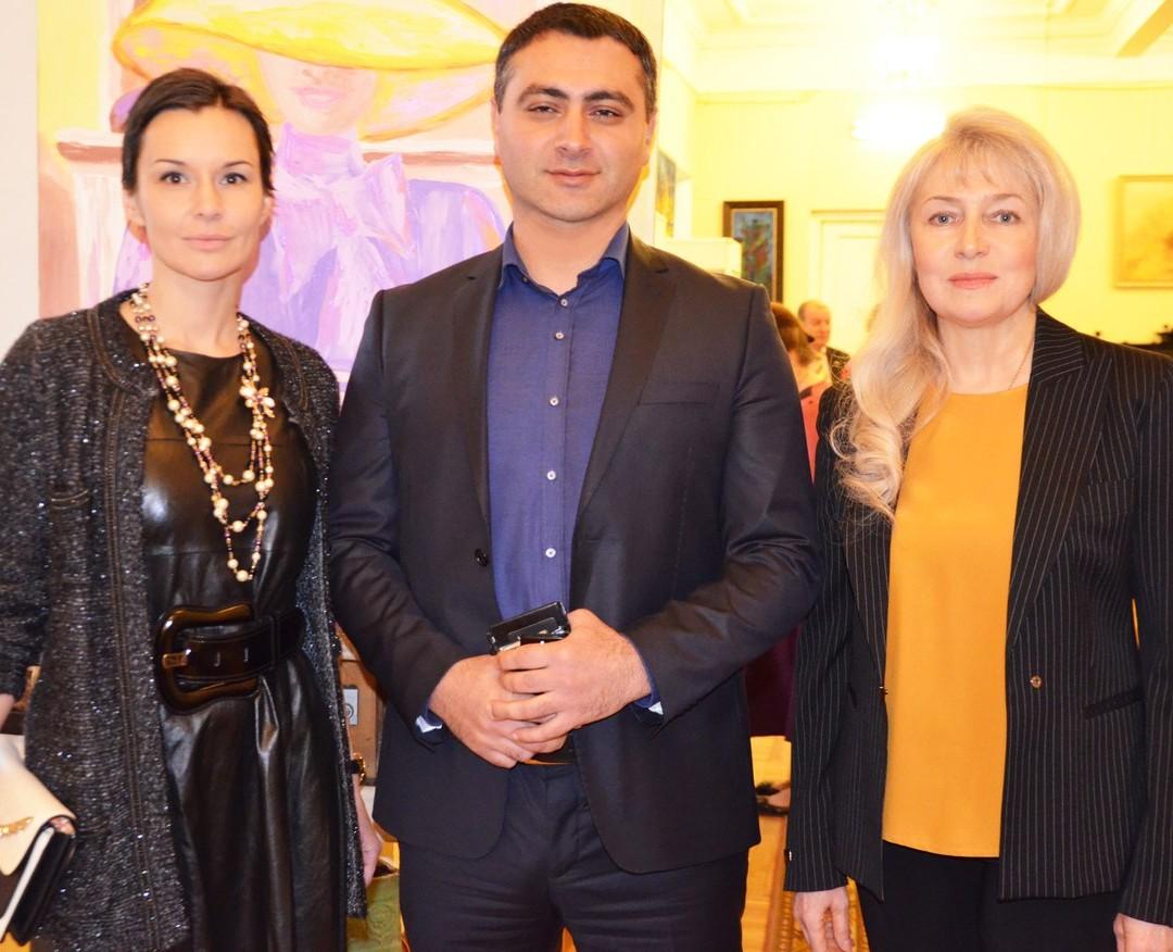 Предаукциооная выставка в галерее Профессионального союза художников России